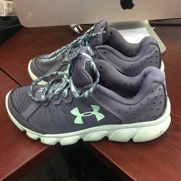 Under Armour Other - Under Armour Micro Assert